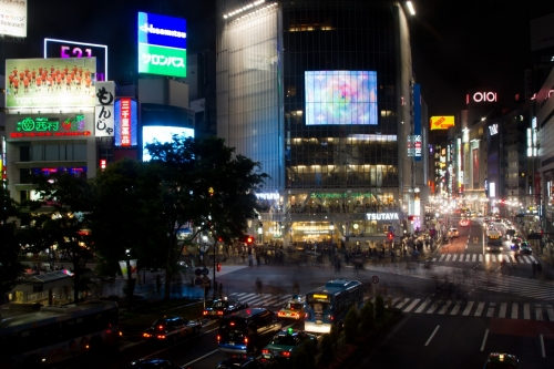渋谷エリアのスクランブル交差点