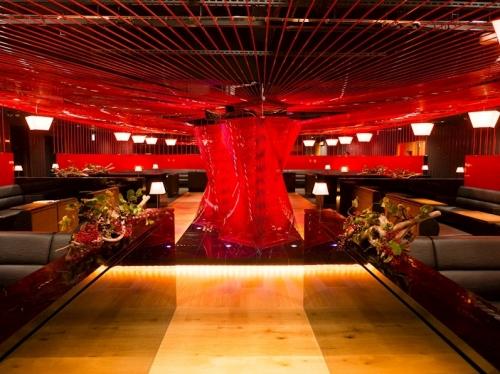 美人茶屋新宿のメインホールのスクショ