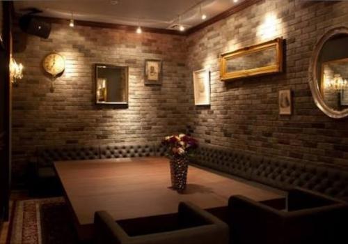 青山の会員制ラウンジ、青山ラウンジの店内画像2