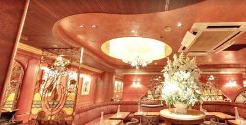 六本木の私服キャバクラ、リムジンダイニング(limousinedinning)の店内画像3