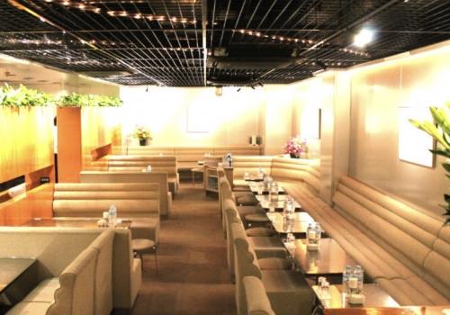 銀座の高級クラブ、サードフロアの店内画像3