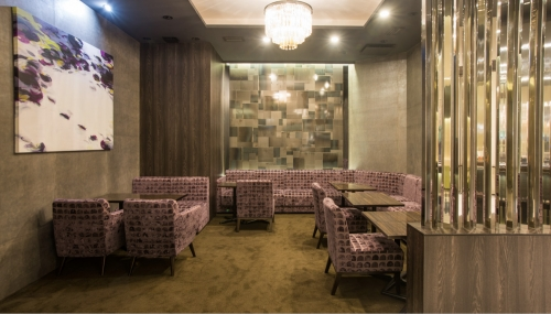 銀座の高級クラブ、ブレアの店内画像3