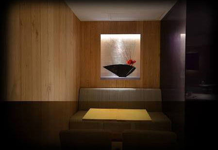 神楽坂のキャバクラ、結(ゆい)の店内画像2