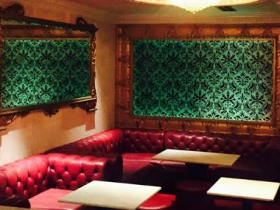 六本木の私服キャバクラ、XO(エックスオー)の店内画像