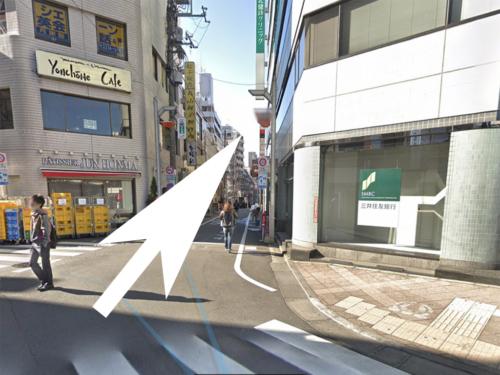高円寺レビアヘの道